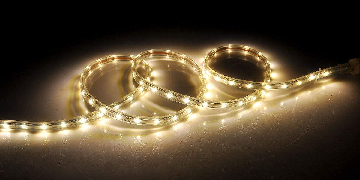 Co powinieneś zrobić, aby podświetlić LEDami półki szklane?